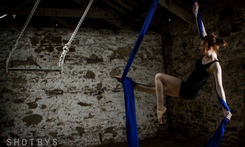 Beginners and Beginners+ Aerial with HANG (Second half term)