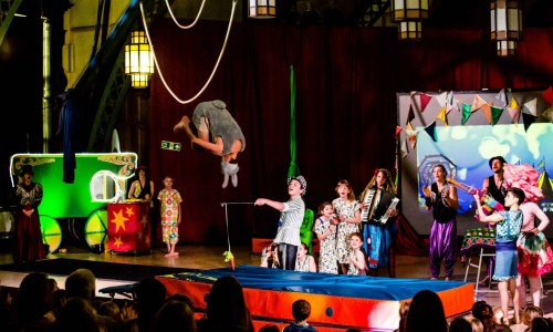 Five Ring Circus Performance Troupe